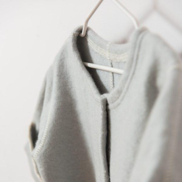 Combinaison bébé en laine mérinos bio gris clair Lana Care