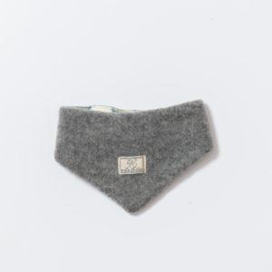 Tour de cou bébé en polaire de laine bio gris Pickapooh