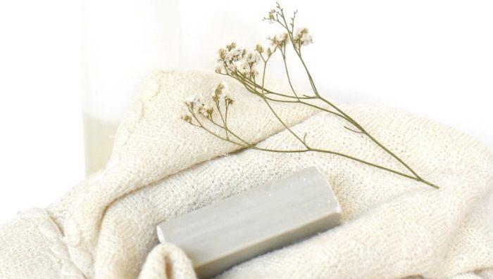Laver les vêtements en laine mérinos bio de son bébé