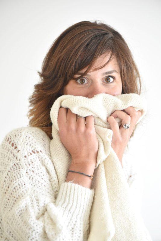 Aude, l'heureuse fondatrice d'Ode to Wool, le concept store de la laine mérinos bio : vêtements en laine mérinos, déco, jouets... pour les bébés et enfants de la naissance à 3 ans