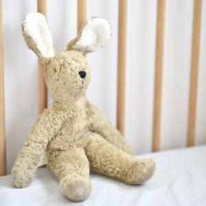 Peluche doudou lapin bio Senger Naturwelt - beige