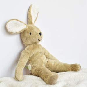 Grande peluche lapin bio en laine Senger Naturwelt